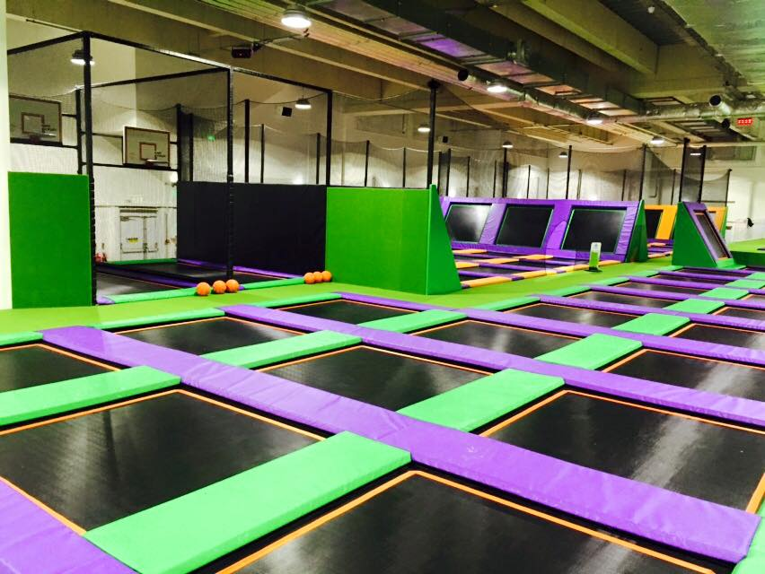 indoor trampoline park london
