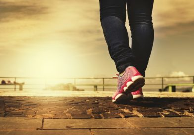 How to Choose Specialist Shoes for Swollen Feet